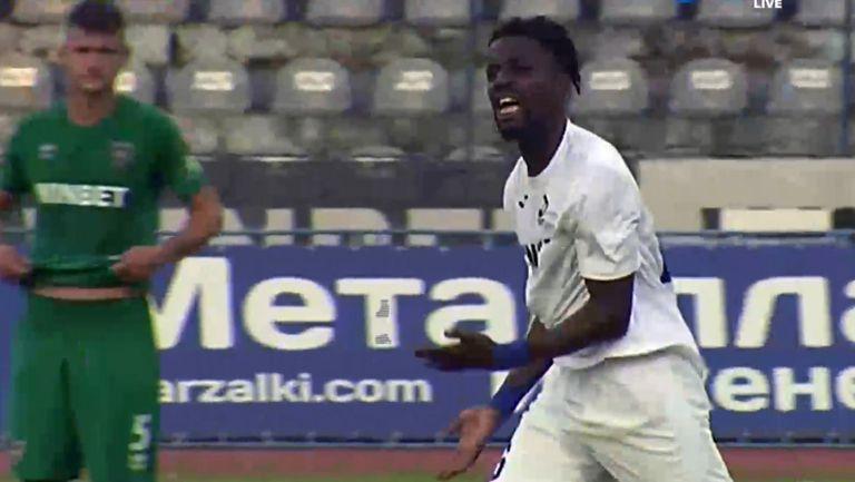 Ндонгала върна един гол за Дунав от дузпа