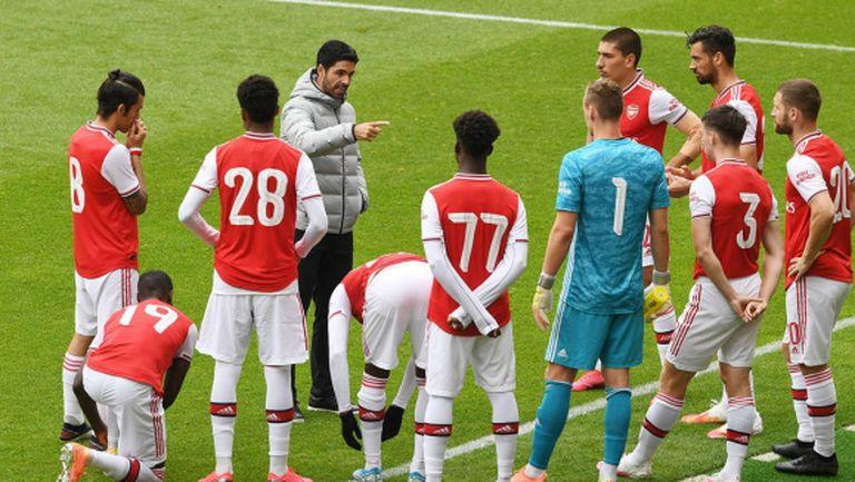 """Арсенал пусна 3 гола за 20 минути и загуби на """"Емиратс"""" (видео)"""