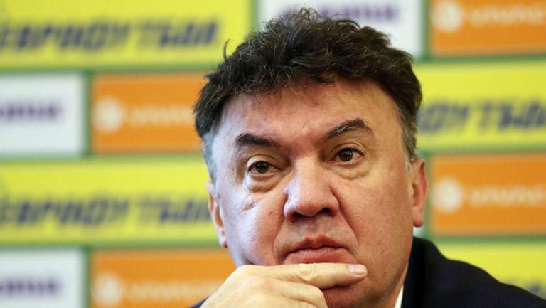 Наско кани Боби Михайлов в управата на Левски