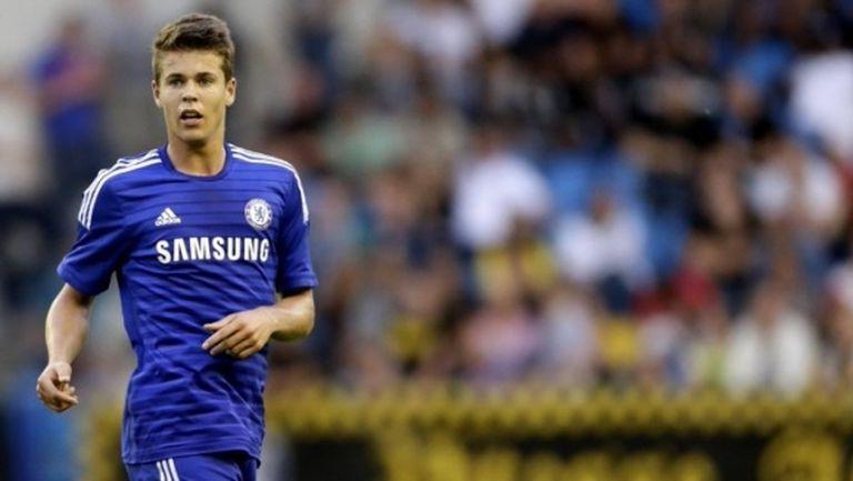 Челси предлага нов договор на играч с четири мача за седем години