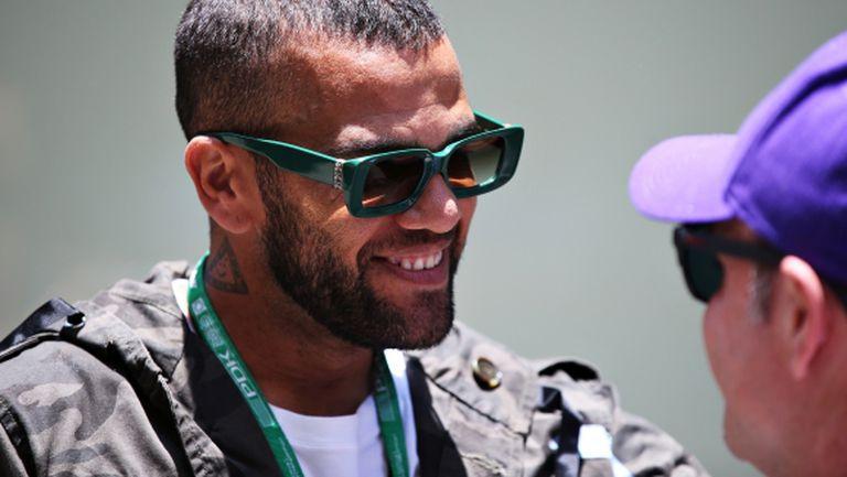 37-годишният Дани Алвеш: Щях да съм звезда в този Милан