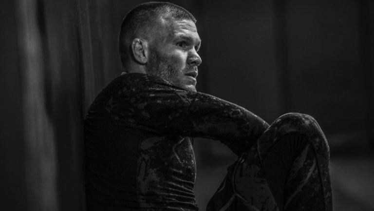Нов случай на COVID-19 провали битка в UFC