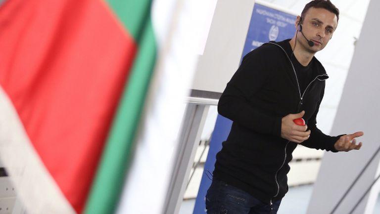 Бербатов: Челси намери своя човек, но все още не е претендент за титлата