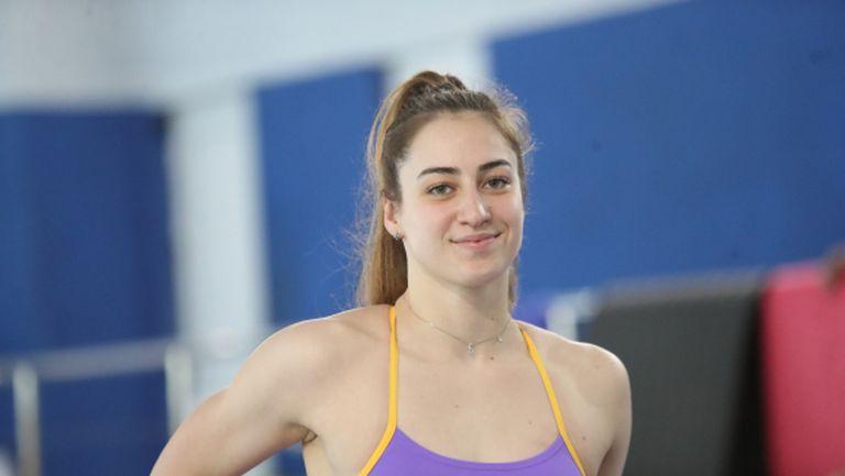 Диана Петкова пред Sportal.bg: Онлайн тренировките помогнаха да се върнем бързо във водата