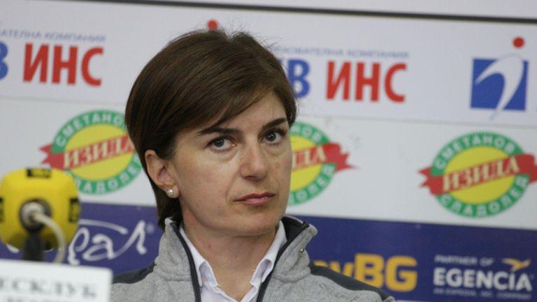 Катя Дафовска отговори на Краси Анев