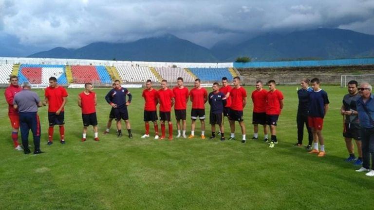 Марек започна подготовка с 16 футболисти