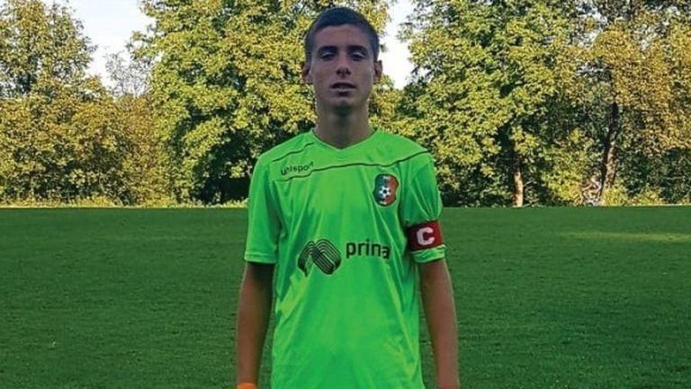 Живко Желев взе 14-годишен талант в първия отбор на Литекс