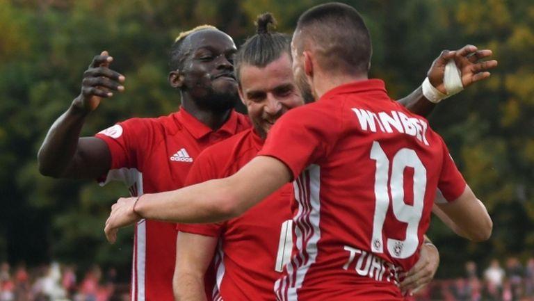 Признание: звезда на ЦСКА-София поискал картон, за да бъде наказан, но съдията отказал да му го даде