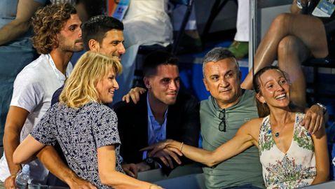 Майката на Джокович: Това, че Новак е заразен, не означава, че е болен