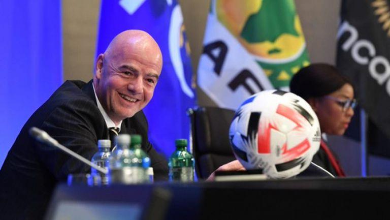 ФИФА дава 1.5 милиарда долара на футболните федерации за борба с пандемията