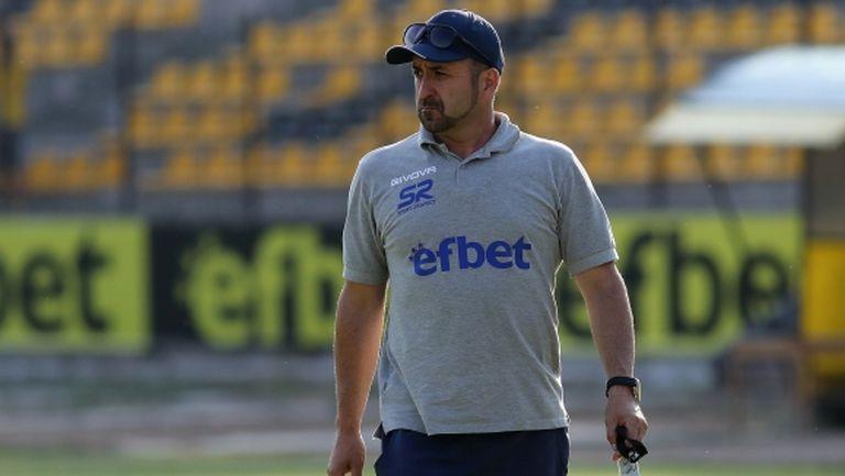 Треньорът на Струмска слава скочи на Пирин: Отбор с такава история трябва да си държи на думата