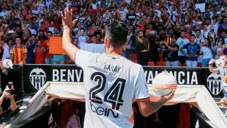 Гарай се сбогува с феновете на Валенсия