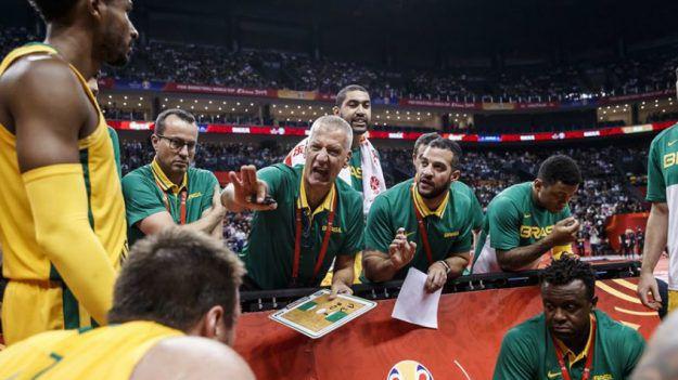 Бразилия остана без старши треньор