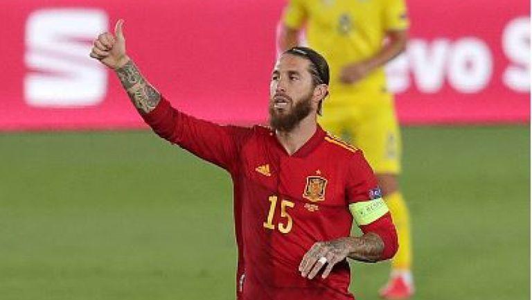 Серхио Рамос поведе Испания към победа срещу Украйна след гол от дузпа