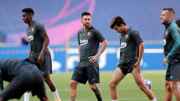 Меси тренира сам в Барселона