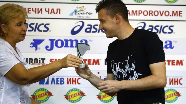 Тодор Неделев е №1 за месец август