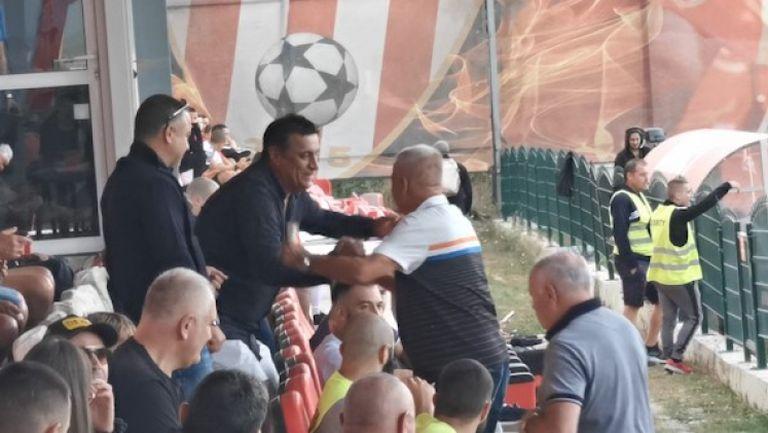 Стойне Манолов посрещна Христо Крушарски и Чавдар Цветков на стадиона в Царско Село