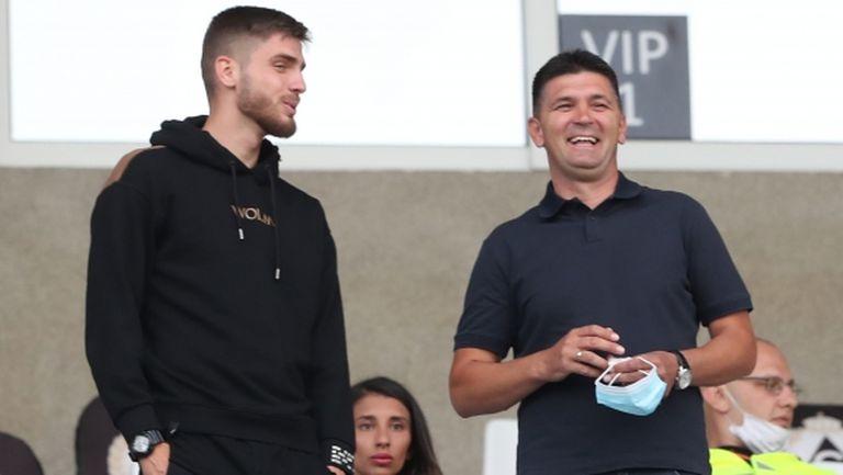 Спрягат селекционер на юношите за нов треньор на Славия