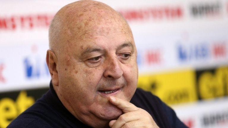 Венци Стефанов: Тарханов си има отбор, на Стойков му е рано