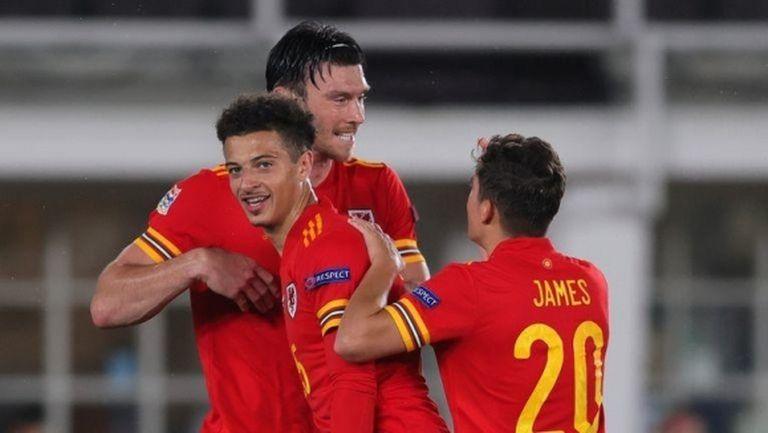 Уелс поведе в групата на България (видео)