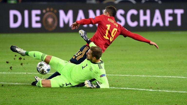 Германия и Испания не се победиха в сблъсъка на гигантите (видео)