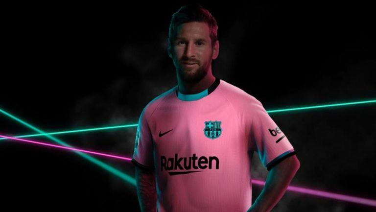 Барселона ще играе в розово