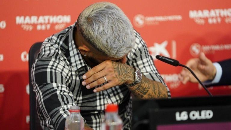 Банега се сбогува през сълзи със Севиля и се извини на Конте