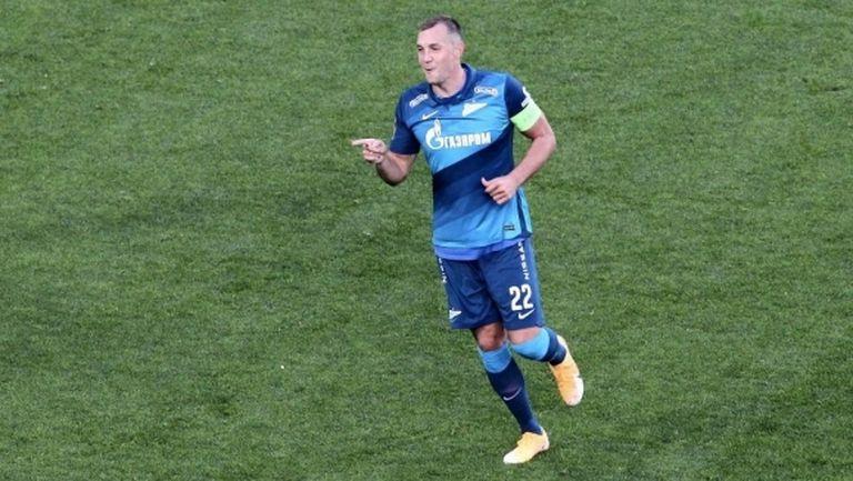 Зенит отново излезе начело, Костадинов с цял мач срещу шампиона (видео)