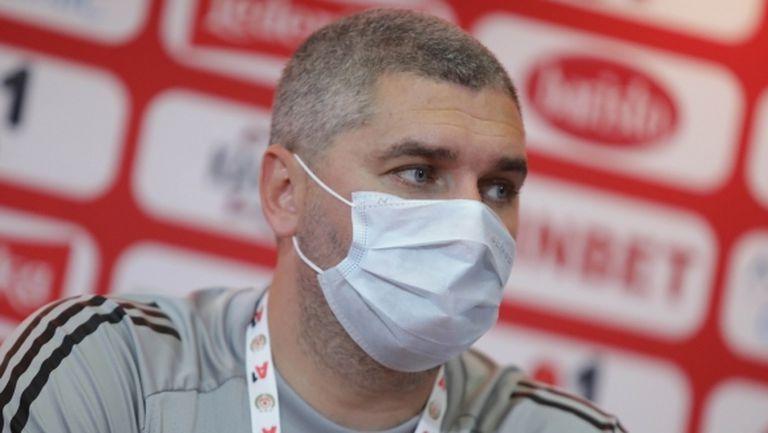 Треньорът на БАТЕ засипа с похвали ЦСКА-София, но се закани да го отстрани (видео)