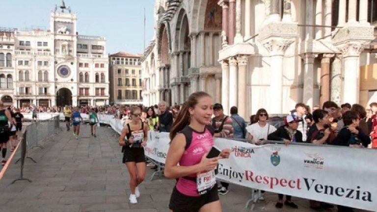 Пускат само двама атлети да бягат на маратона на Венеция