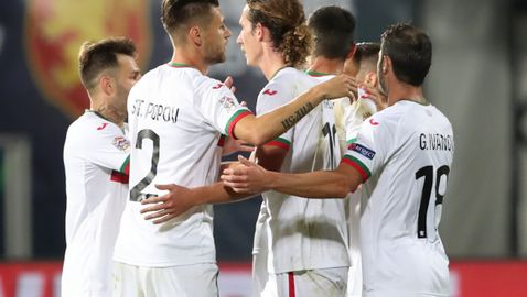 Дерменджиев взе 27 футболисти за решителните мачове - има изненади