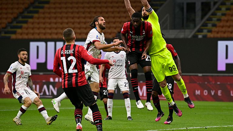 Милан разочарова срещу Каляри и стигна само до 0:0