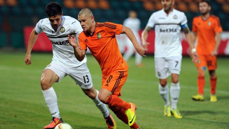 Третодивизионният Литекс отказа Славия още на 1/16-финалите