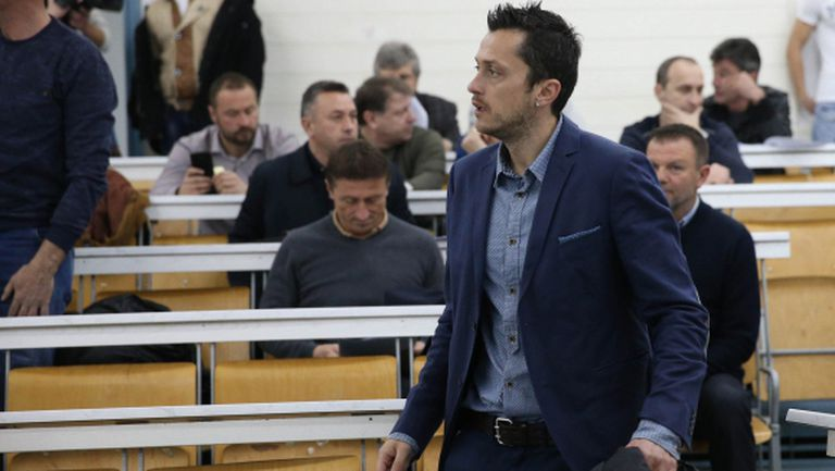 Христо Янев освободи нападател
