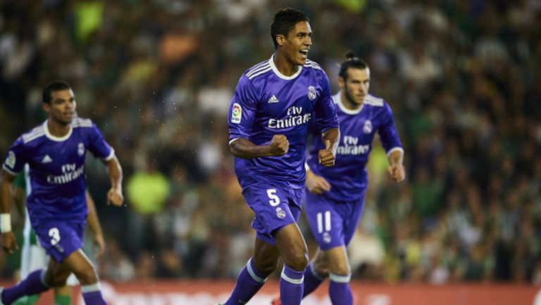 Реал Мадрид се развихри здраво в Севиля (видео и галерия)