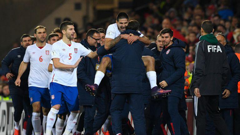 Сърбия се добра до точка срещу Бейл и компания (видео)