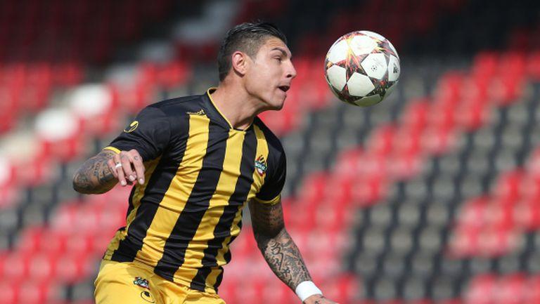 Ботев (Пловдив) тренира без национал