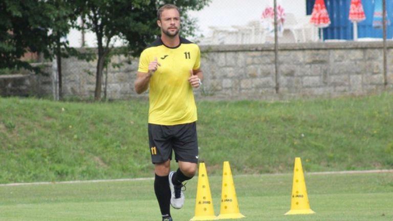 Рафаел подновява тренировки с топка в края на месеца