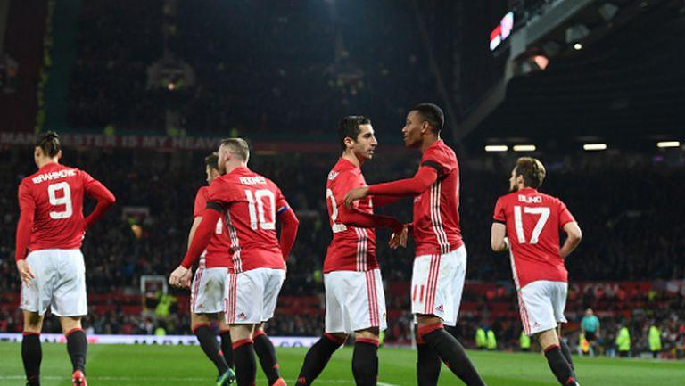 """Юнайтед този път разгроми """"чуковете"""" и се класира на полуфинал (видео)"""