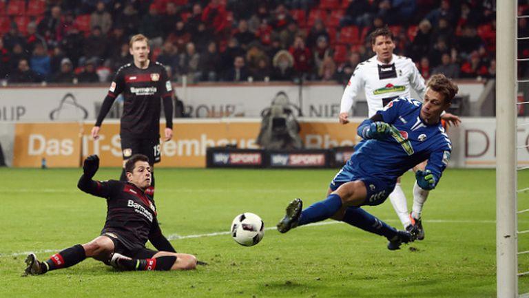 Чичарито провали Байер (Л) срещу Фрайбург (видео)