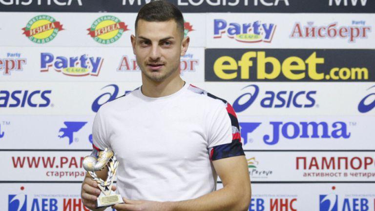 Милчо Ангелов се отърва без сериозна контузия след мача в Горна Оряховица