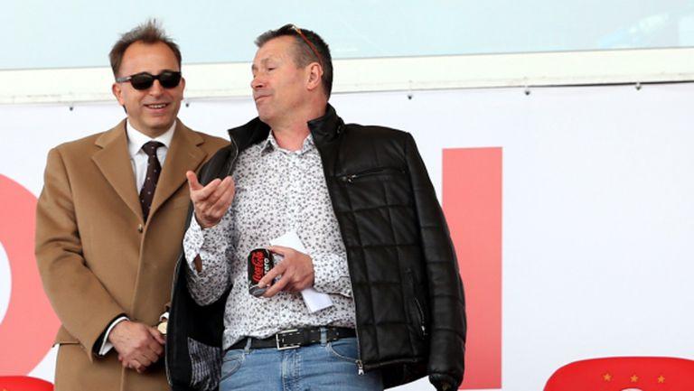 Майкъла: Домусчиев и Ганчев да седнат и да изпият по едно уиски