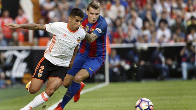 Кансело ще премине в Барселона