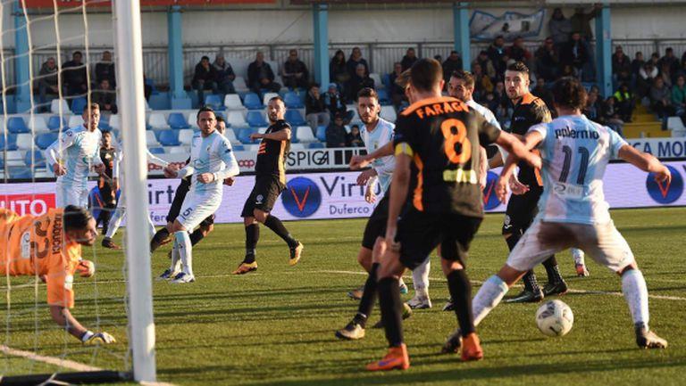 Гълъбинов с хубав гол в дебюта на Македа