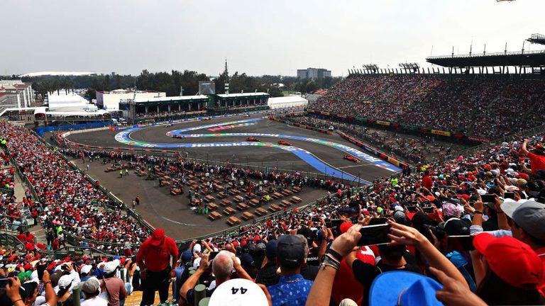 Затварят временната болница на пистата за Формула 1 в Мексико