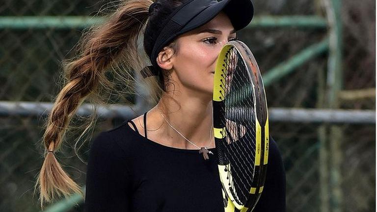 Ани Вангелова и Дариа Шаламанова преодоляха първия кръг на турнира в Анталия
