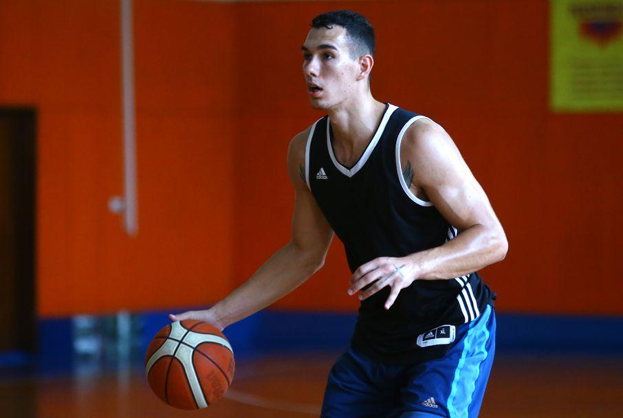 Тренировка на националите по баскетбол