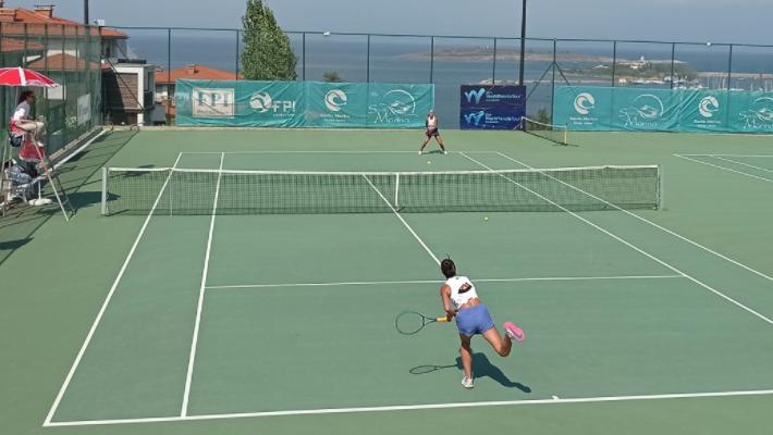Три българки се класираха на 1/4-финалите в Созопол
