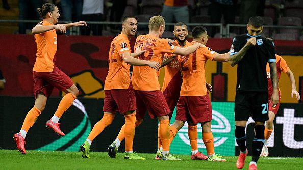 Галатасарай надигра Лацио с 1:0 след ужасяваща грешка на Стракоша