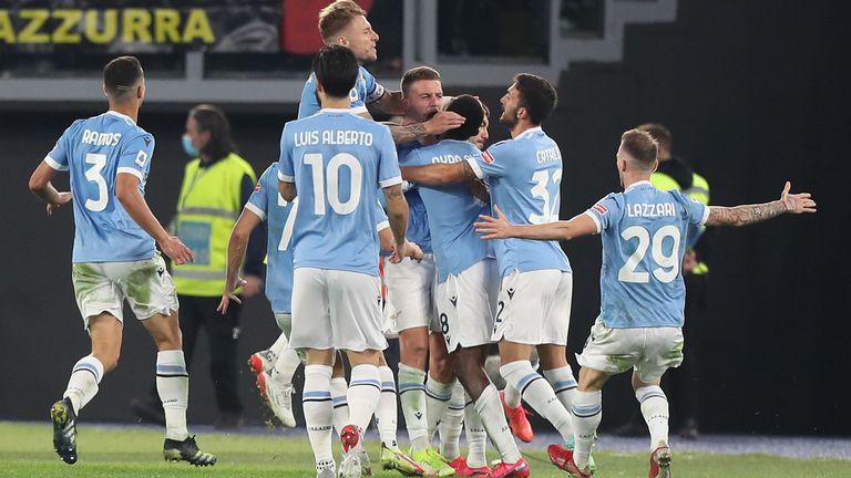 Лацио направи обрат срещу Интер и спечели с 3:1